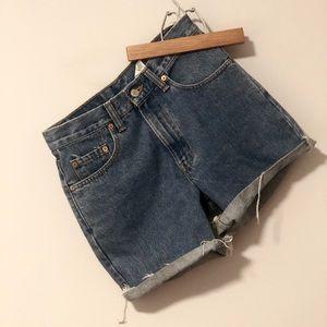 LEVI curt off shorts
